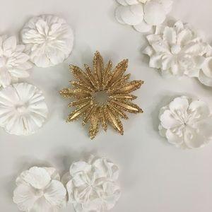Vintage Avon Floral Starbust Gold Tone Brooch